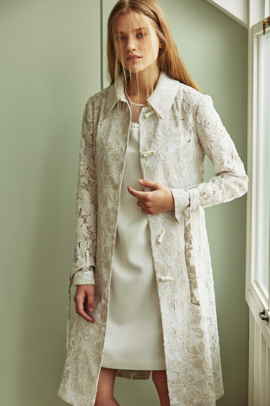 Grace Big Flower Lace Trench Coat